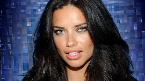 ¿Qué dice el rostro de Adriana Lima?