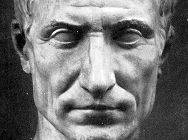 ¿Qué dice el rostro de Julio Cesar?
