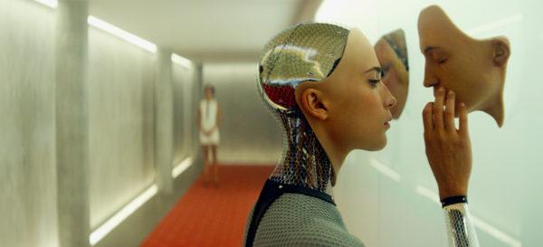 Mi novia es un robot